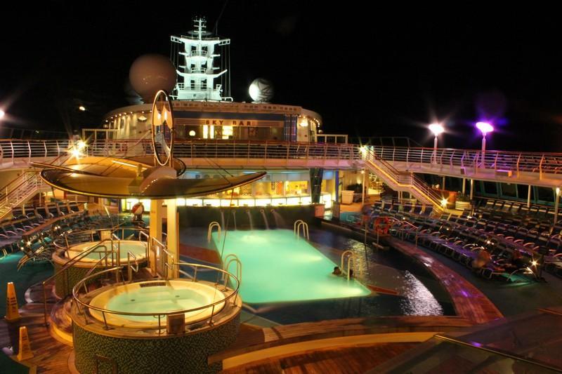 Royal Caribbean Jewel of The Seas da Civitavecchia 7 Notti 17 Luglio Cabina Esterna - Jewel of the seas