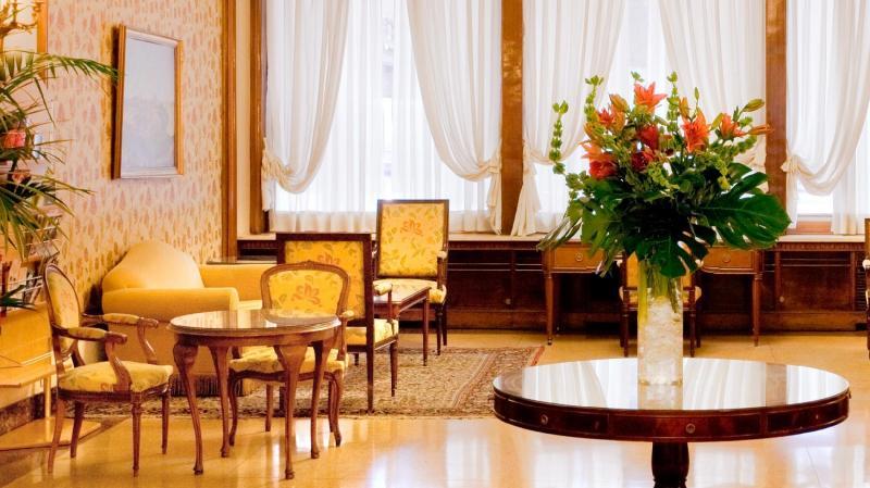 Immacolata a Madrid - Hotel Principe Pio volo da Napoli - Madrid