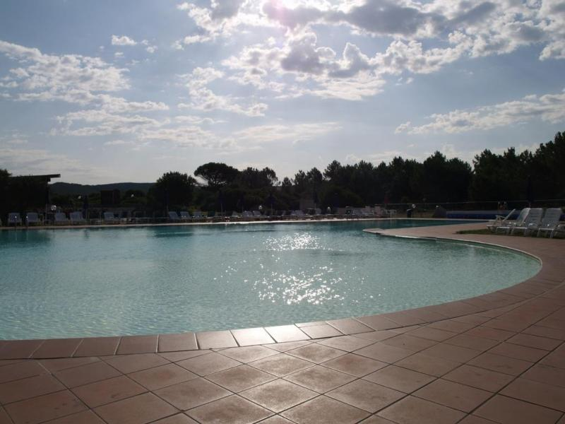 Club Esse Gallura Beach Village 3*