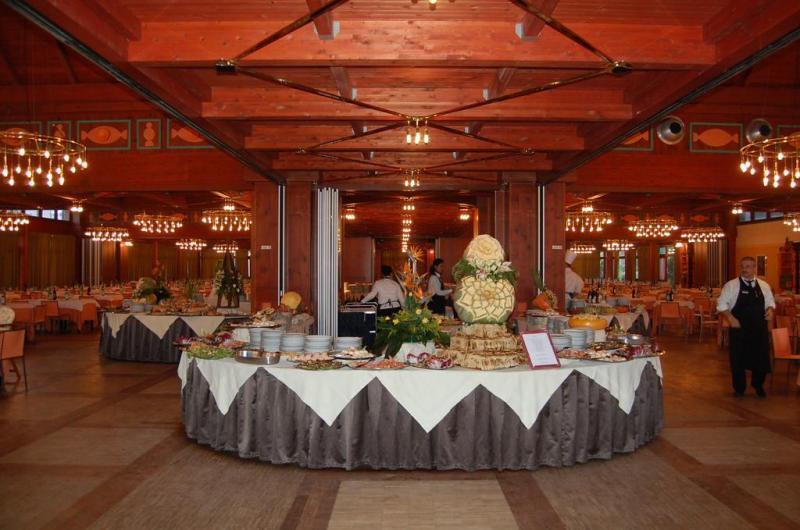 Il Valentino Grand Village 4* PARTENZE SETTIMANE DI GRUPPO