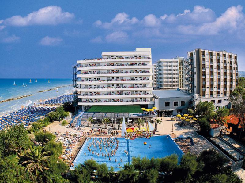 Bluserena Serena Majestic Hotel Residence 4* - Formula Hotel