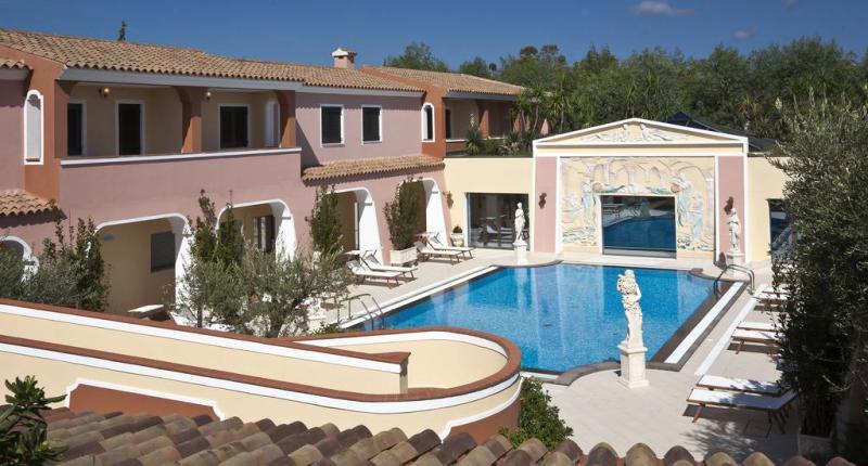 Cala Ginepro Hotel Resort 4*
