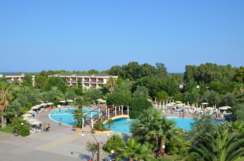 Centro Turistico Akiris 4* - Formula Hotel
