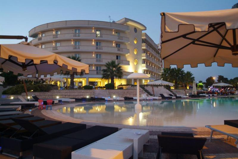 Grand Hotel Cavalieri 4*