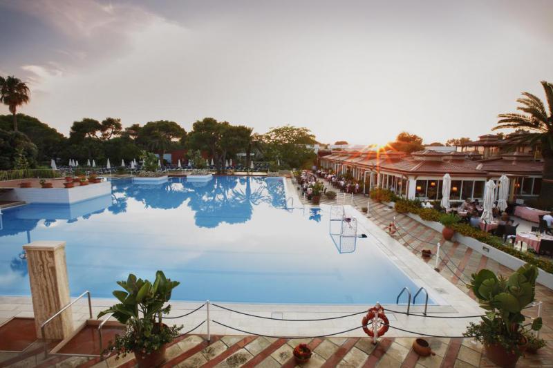 Robinson Club Apulia 4*