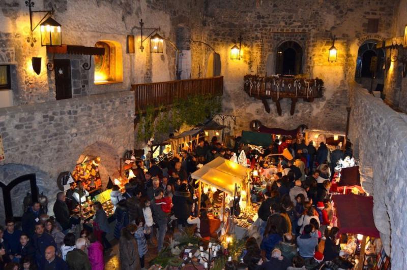 Cadeaux Natalizi al Castello di Limatola Partenza 20 Novembre - Castello di limatola