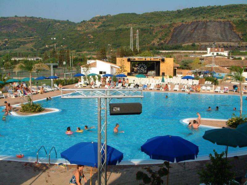 Speciale Robintur Porto Ada Village 7 Notti Partenza 8 Settembre