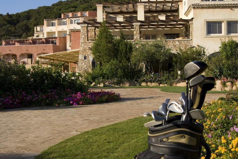 Colonna Pevero Hotel 4 Notti Camera Superior Partenze Giugno