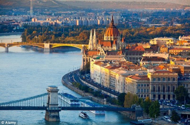 Capodanno 2016 a Budapest 3 Notti 31 Dicembre Hotel Atlantic