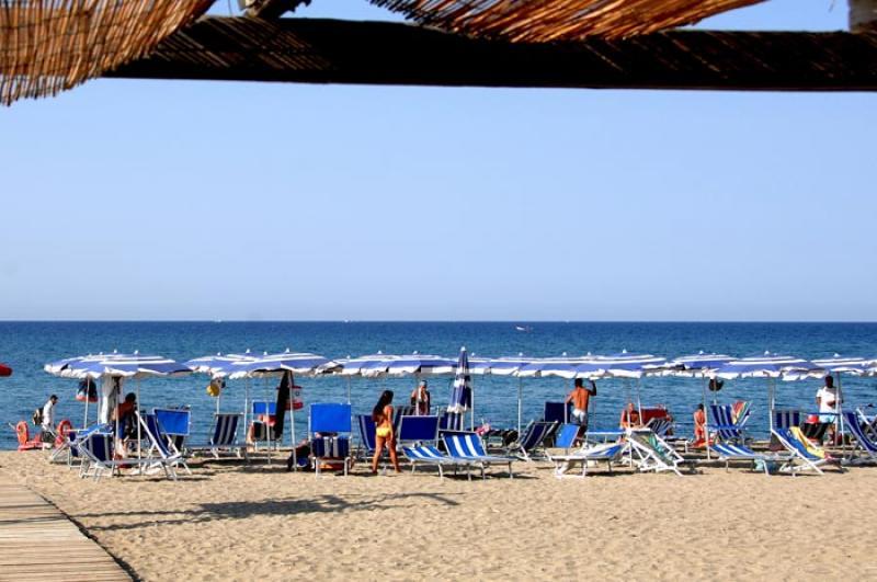 Speciale Famiglia Corte Dei Greci Resort Camera Giunone Da 11 Luglio
