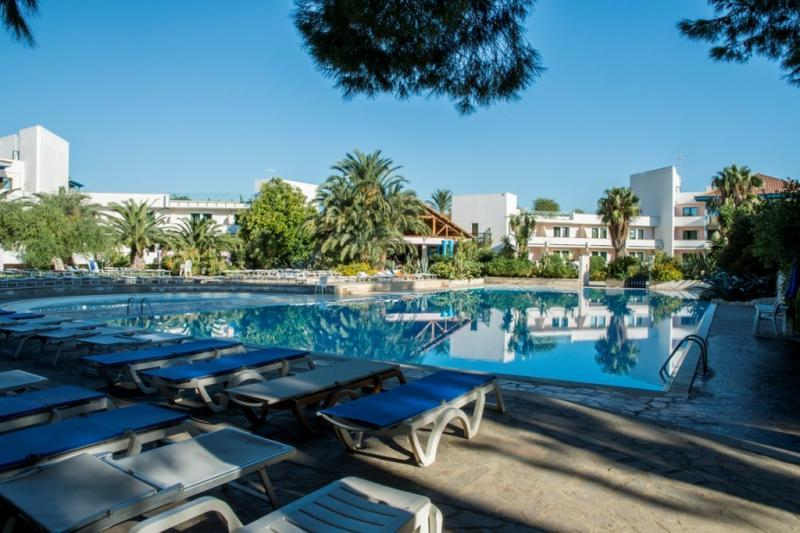 Villaggio Club Giardini Oriente 7 Notti Dal 2 Agosto