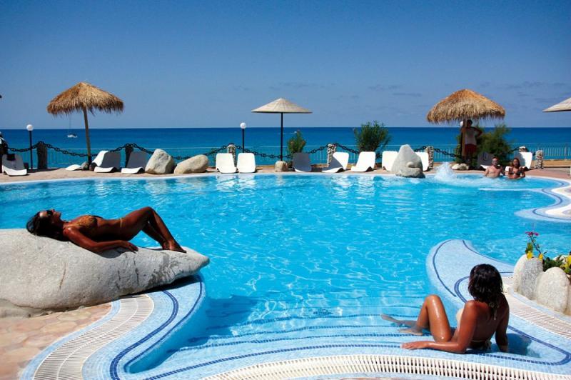 Baia Tropea Resort 7 Notti Dal 22 Agosto