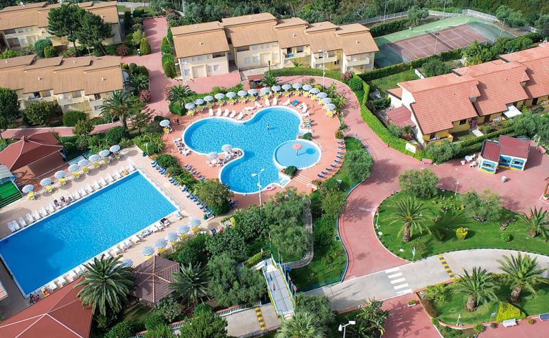 Hotel Club La Pace 7 Notti Dal 19 Luglio
