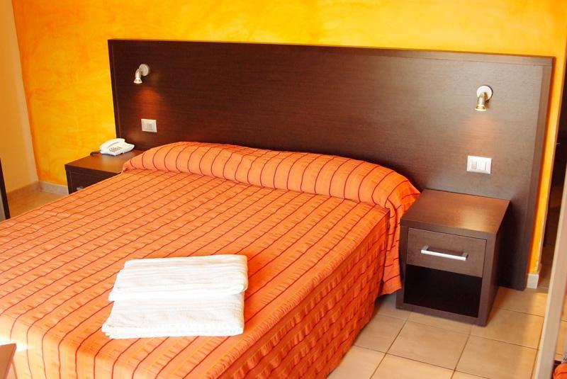 Ravezzo Beach Hotel 7 Notti Dal 6 Settembre