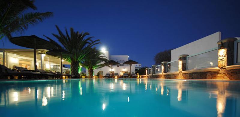Mykonos Petinaros Hotel 7 Notti 30 Luglio