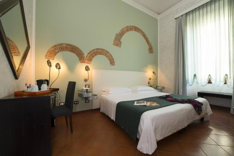 Weekend Art Firenze Ponte Del 1 Maggio Partenza 29 Aprile 2 Notti - Hotel La Pace