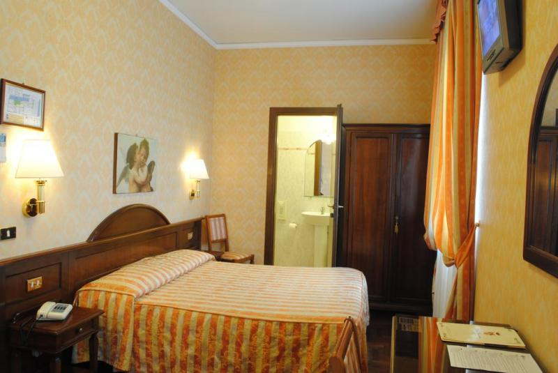 Weekend Art Firenze Ponte Della Liberazione Partenza 23 Aprile 2 Notti - Hotel Boccaccio