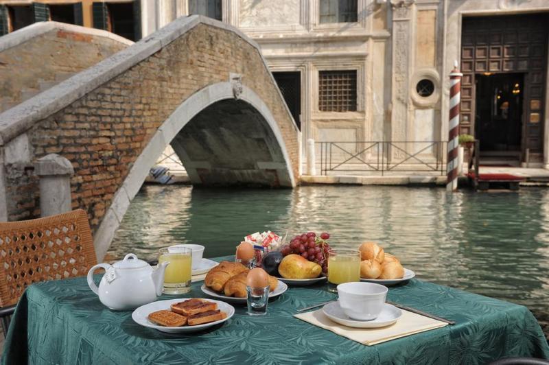 Weekend Art Venezia Partenza Pasqua 15 Aprile 2 Notti - Hotel Tintoretteo