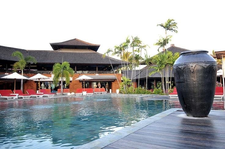 COMBINATI Singapore + Club Med Indonesia
