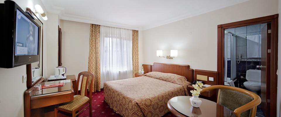 Ponte 1 Maggio a Istanbul - Hotel Buyuk Sahinler****